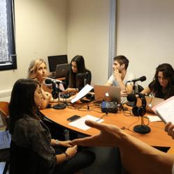 Assistez aux cours de Journalisme et Communication avec nos étudiants