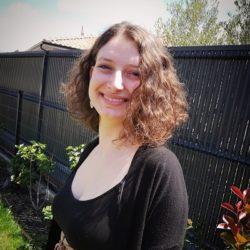 #MonAlternanceISCPA Claire, Chargée de com interne chez Orange